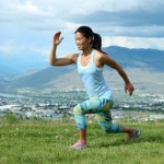 Reduce knee pain with medication and exercise therapy
